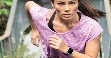 Fitbit Blaze - еще браслет или уже умные часы?