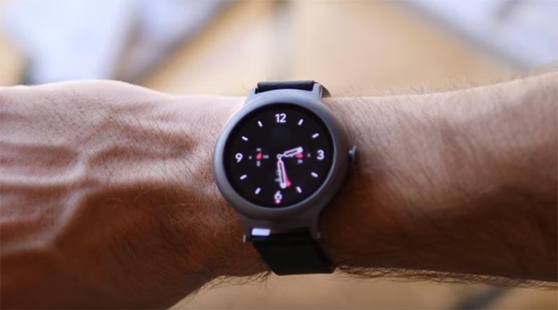 Экран LG Watch Sport