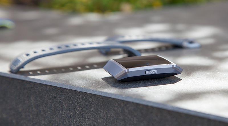 Fitbit Ionic - первые умные часы от Fitbit 3