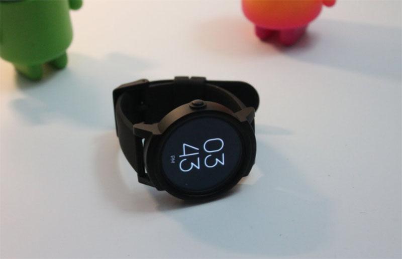 Mobvoi Ticwatch E (лучшие смарт-часы для Android)