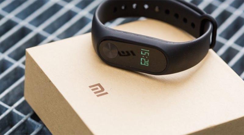 Xiaomi Mi Band 3 получит сенсорный дисплей