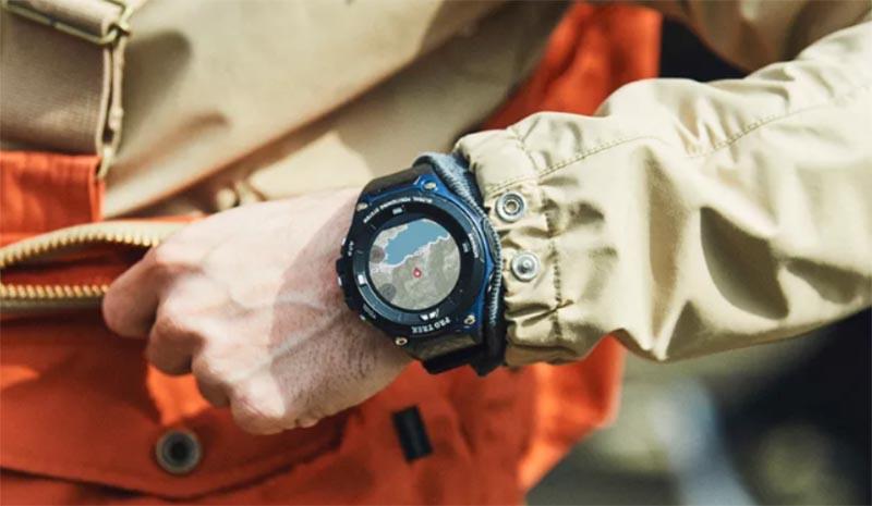 Casio PRO TREK WSD-F20A – новые защищенные смарт-часы с двойным экраном