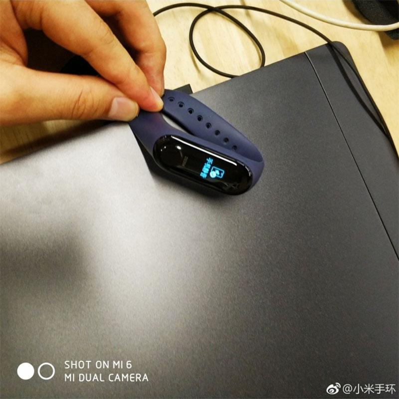 Xiaomi Mi Band 3 получил первое обновление прошивки