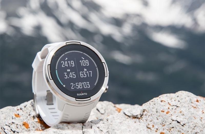 Suunto анонсировала спортивные смарт-часы Suunto 9 с интеллектуальным режимом работы аккумулятора