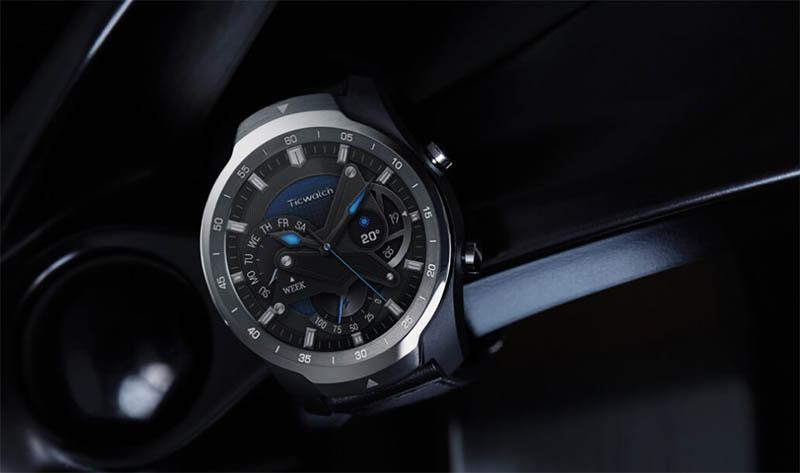 Умные часы с двойным экраном Ticwatch Pro  появились в продаже, но пока их могут купить не все желающие 1