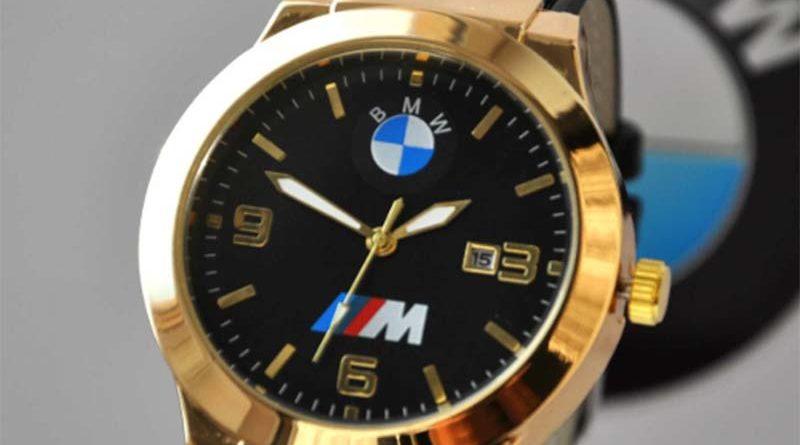 BMW в 2019 году выпустит умные часы совместно с Fossil