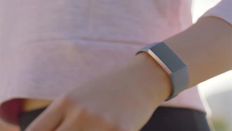 Цена Fitbit Charge 3