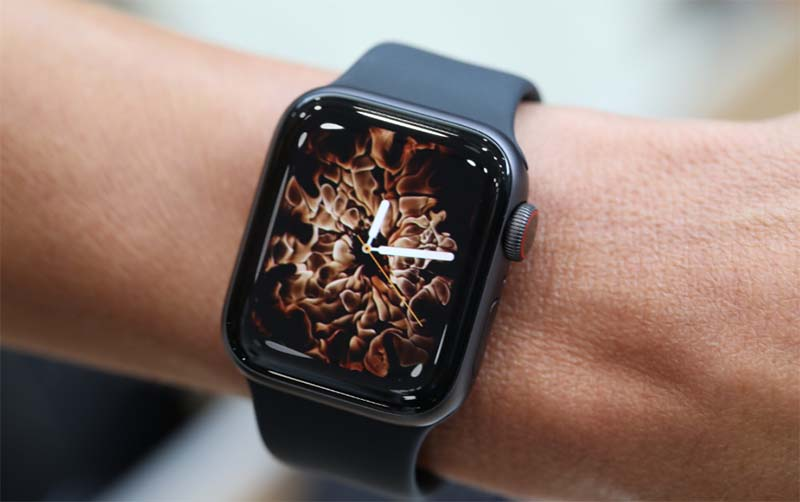 Сравнение характеристик Apple Watch Series 4 и Series 3