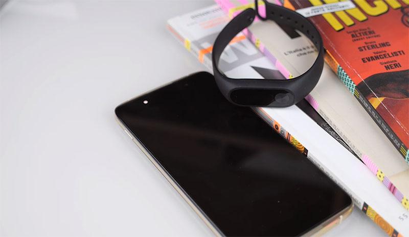 Как подключить Xiaomi Mi Band 2 к ANDROID-смартфону или iPhone