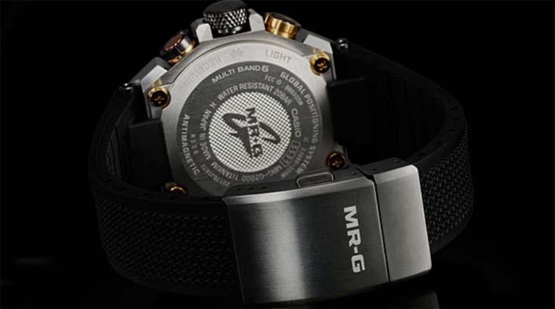 Casio G-Shock MRG-G2000R-1A: часы на солнечной батарее в титановом корпусе