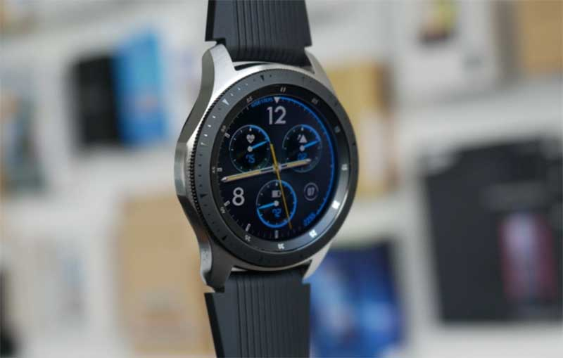 Владельцы Samsung Galaxy Watch столкнулись с перегревом во время зарядки