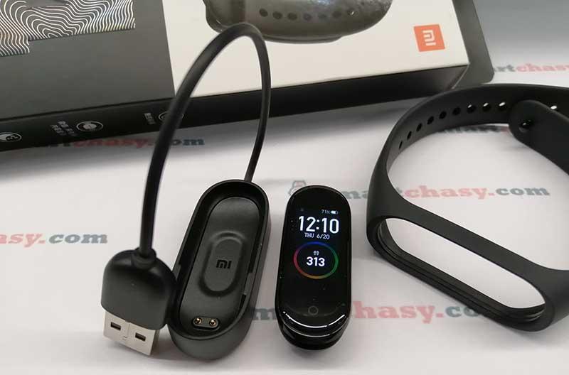Сравнение фитнес-браслетов Xiaomi Mi Band 4 и Redmi Band  (Mi Band 4C)