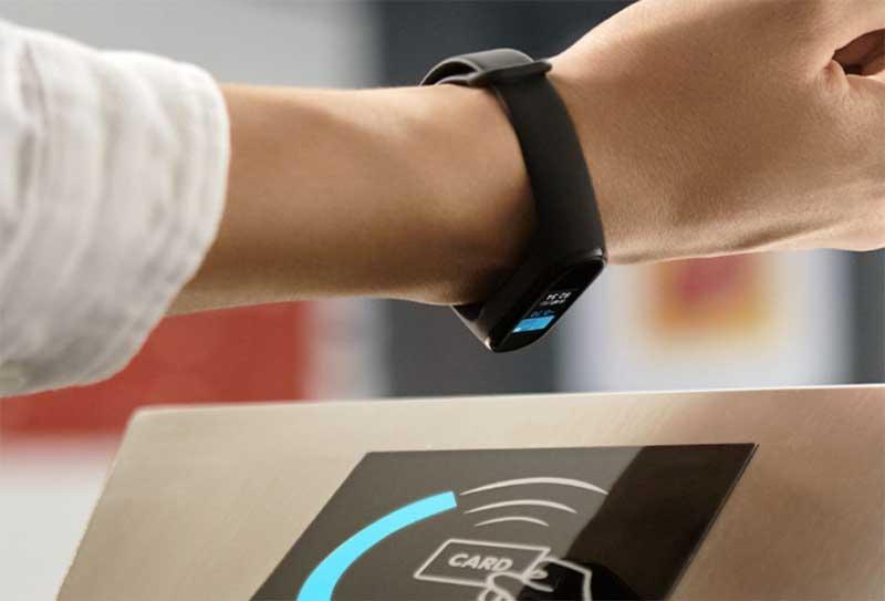 Вся правда о фитнес-браслетах с NFC и Alipay