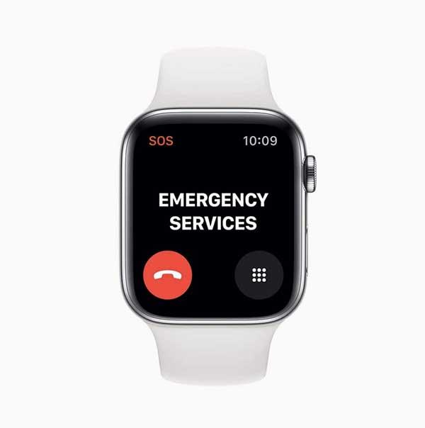 Чем отличаются Apple Watch Series 5 от Series 4 и стоит ли обновляться?