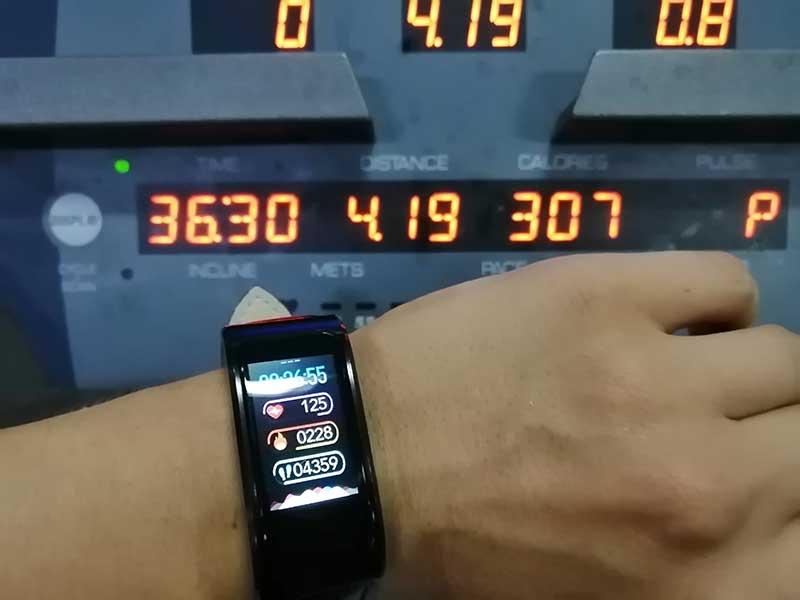 Обзор HerzBand Classic 2: стильный фитнес-браслет с достойным функционалом
