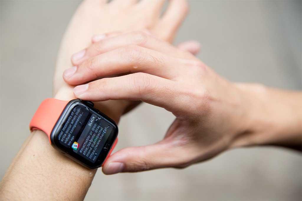 Сравнение smart-часов Apple Watch Series 3 и Series 4