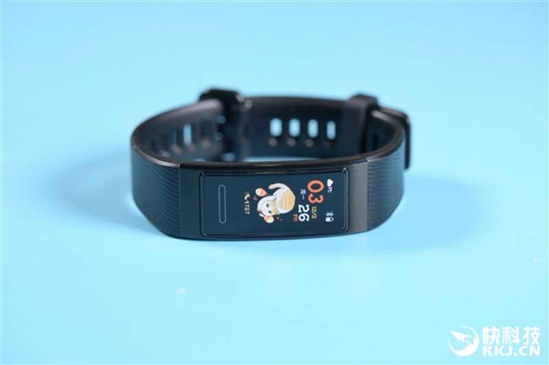 Обзор фитнес-браслета Huawei Band 4 Pro