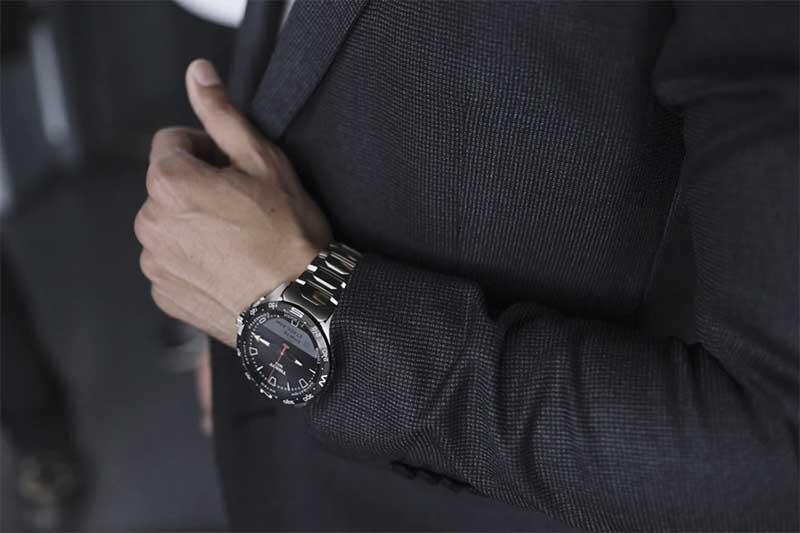 """Tissot T-Touch Connect Solar: первые """"умные"""" часы от Swatch Group"""