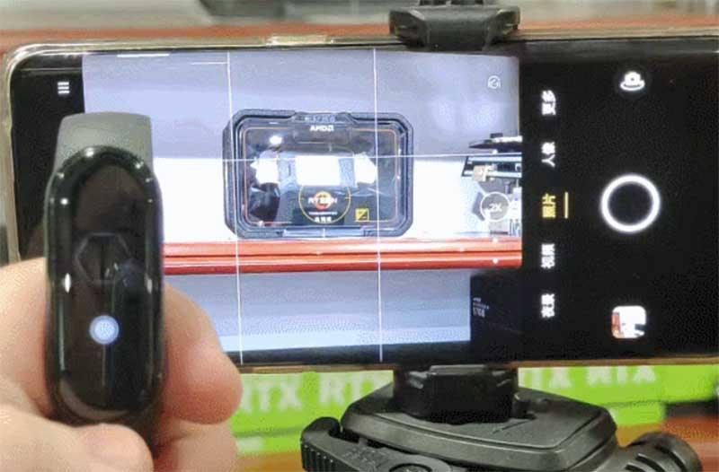 Управление камерой и музыкой смартфона