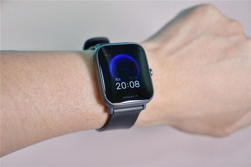 Huami выпустила смарт-часы Amazfit Pop Pro за 60 долларов 1