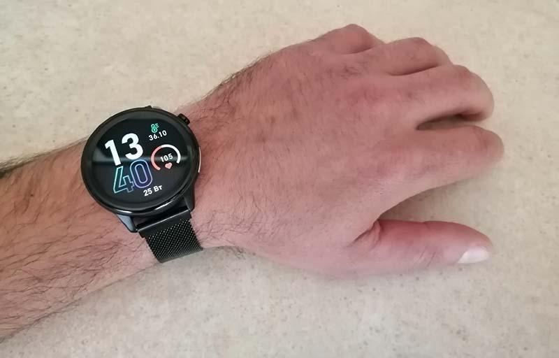 HerzBand Elegance ECG-T смотрятся на мужской руке