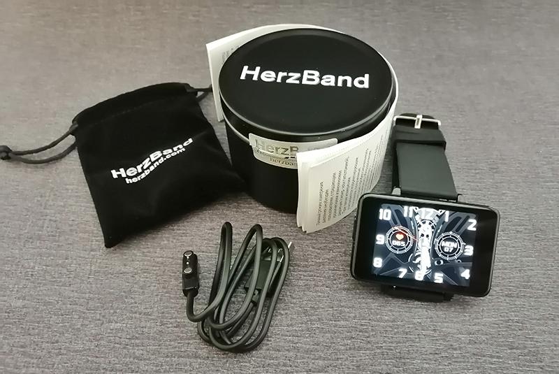 Обзор HerzBand Classic Max 3: фитнес-браслет для любителей необычных гаджетов 1