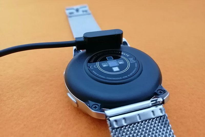 Обзор HerzBand Elegance MX: смарт-часы с измерением давления, звонками и плеером 2