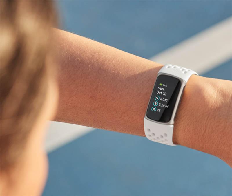 Сравнение Fitbit Charge 5 и Fitbit Charge 4: что изменилось и стоит ли обновляться? 3